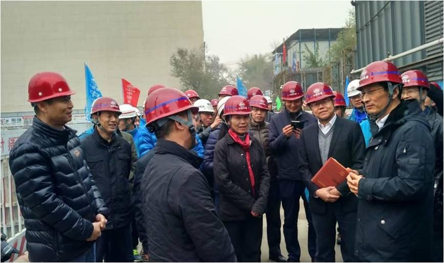 市委常委、副市长陈刚莅临王府井西部会馆施工现场视察